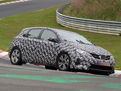Внедорожная версия модели Toyota Auris проходит испытания в Нюрбургринге