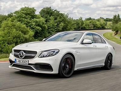 В Интернете появилась официальная информация о новых Mercedes-Benz C63 AMG и C63 AMG S