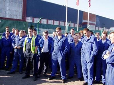 Рабочие российских автозаводов недовольны своим руководством