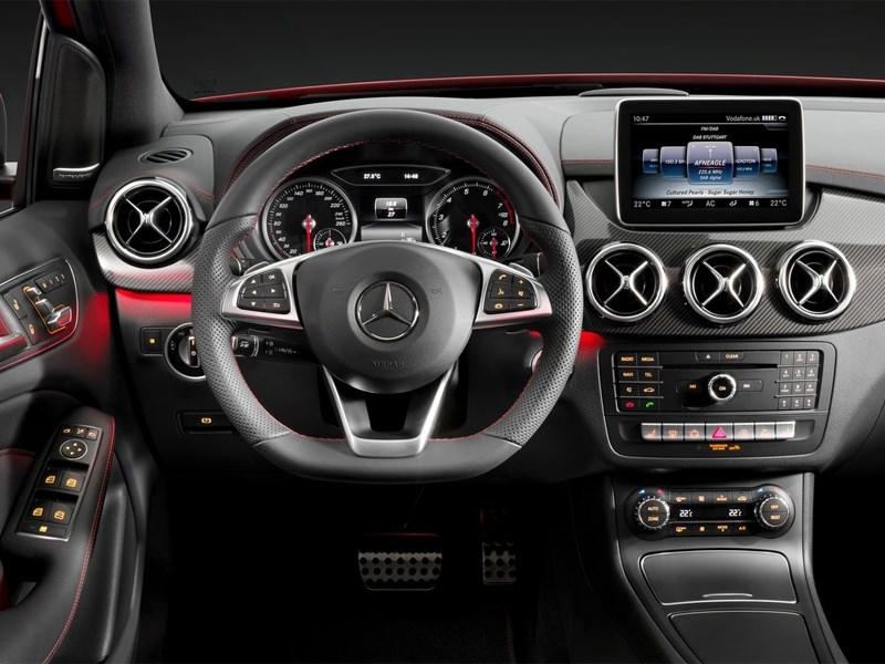 Mercedes-Benz B-Klasse 2015 водительское место
