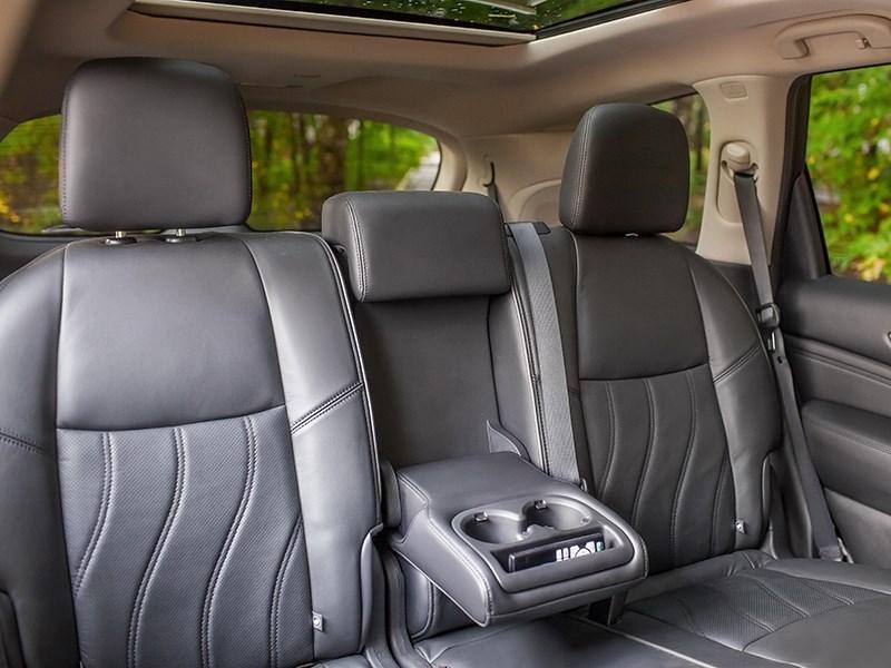 Infiniti QX60 Hybrid 2015 задний диван