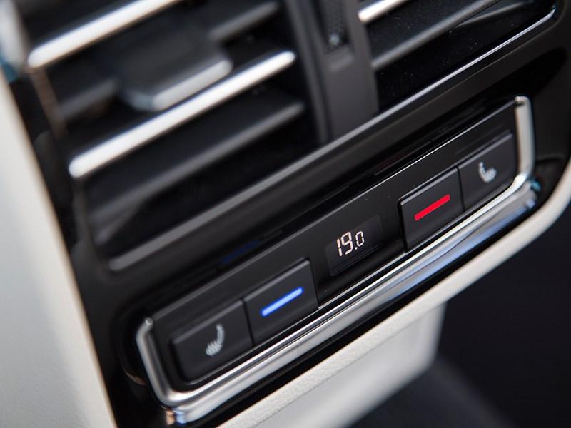 Volkswagen Passat 2015 климат-контроль