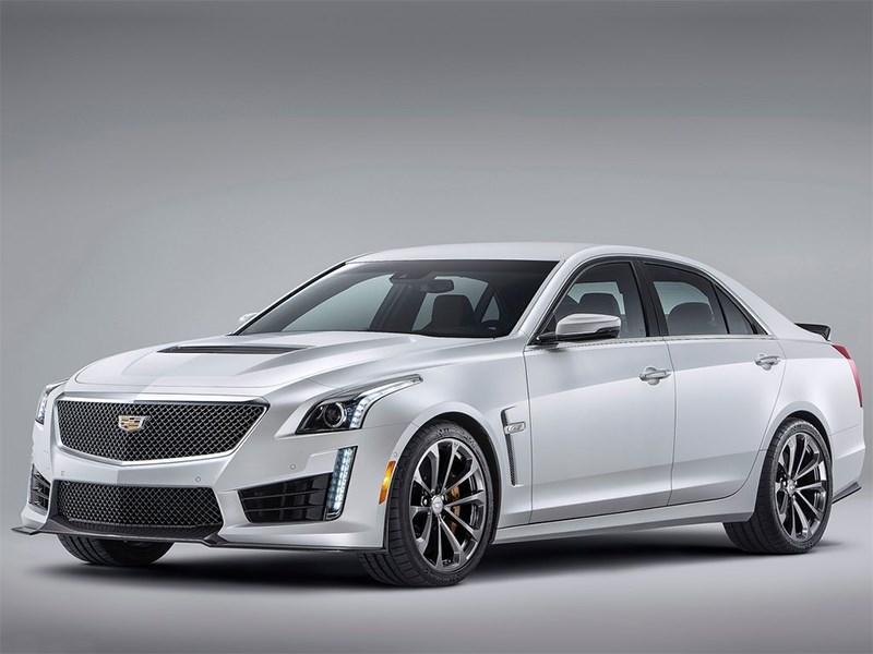 Cadillac CTS-V 2016 вид спереди сбоку