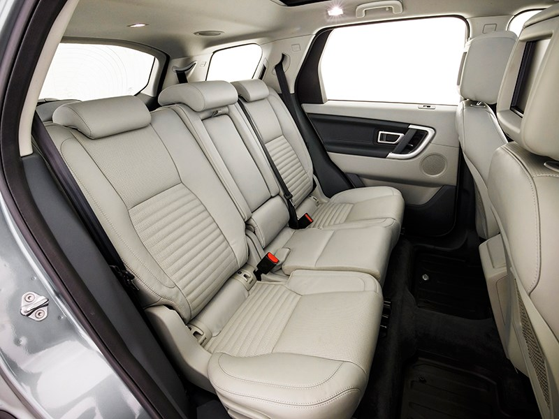 Land Rover Discovery Sport 2015 задний диван