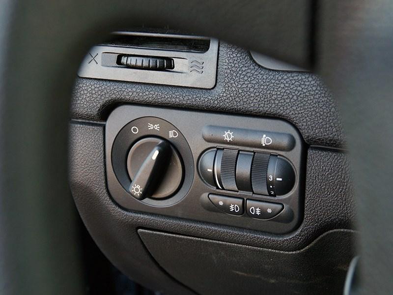 UAZ Pickup 2014 блок управления светом