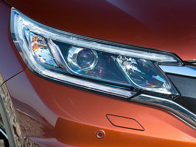 Honda CR-V 2015 передняя фара