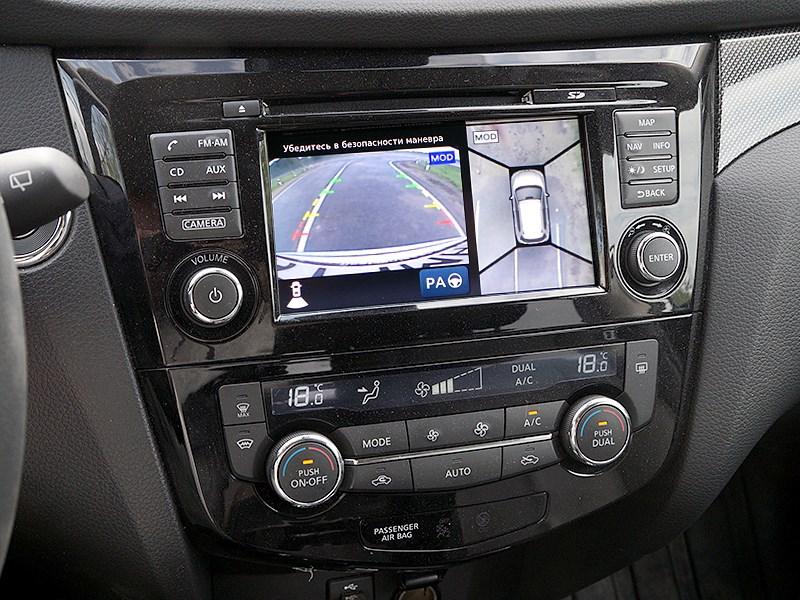 Nissan X-Trail 2014 центральная консоль