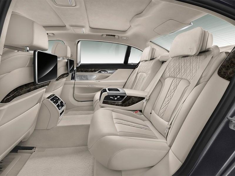 BMW 7-Series 2016 задний диван