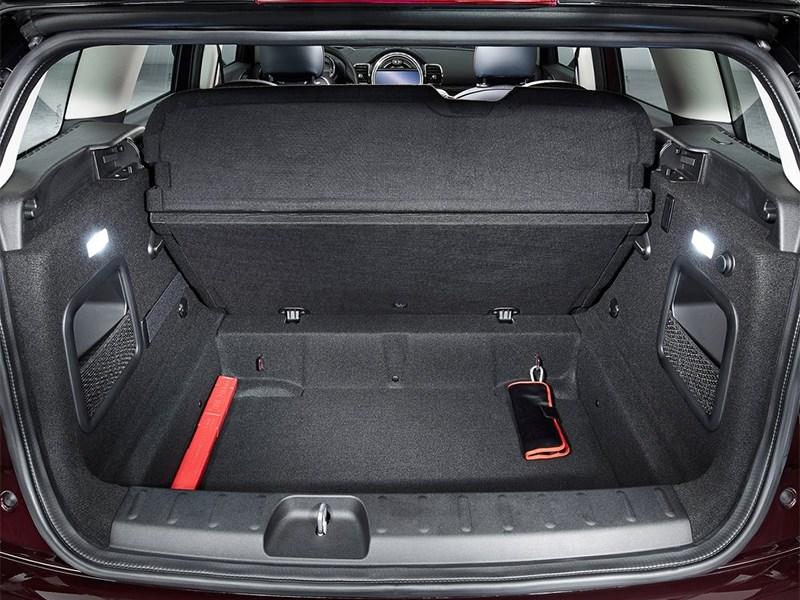Mini Clubman 2016 багажное отделение