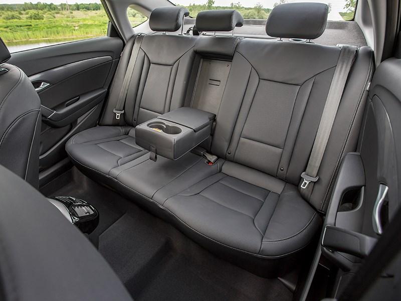 Hyundai i40 2015 задний диван