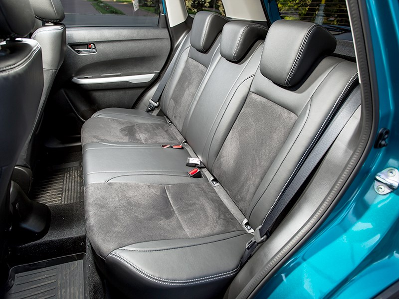 Suzuki Vitara 2015 задний диван