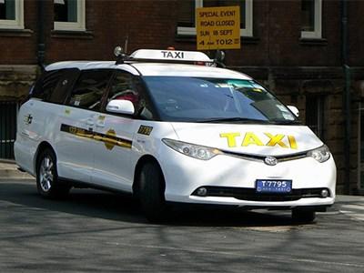 Тестирование беспилотных такси в Японии начнется в 2016 году