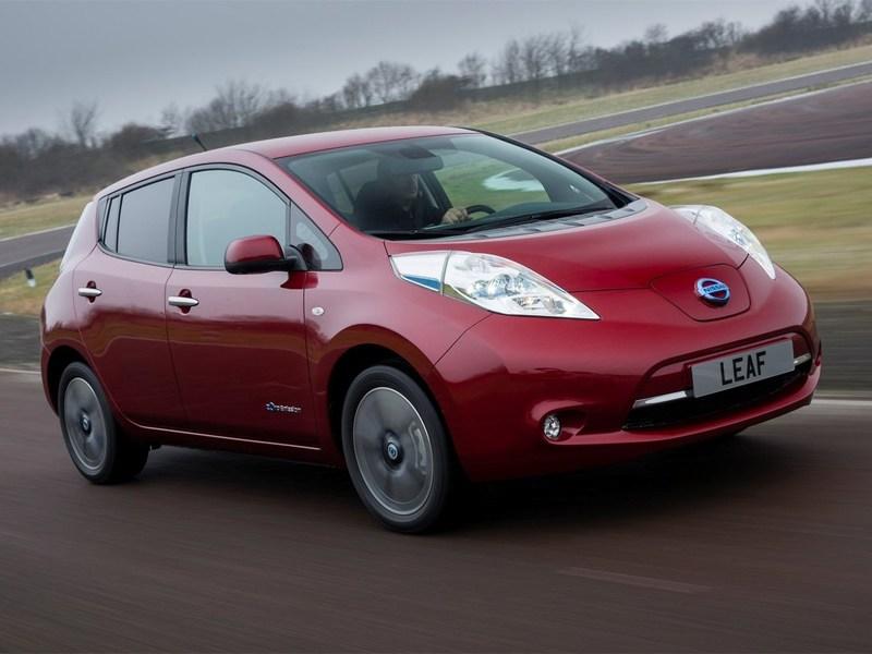 Новый Nissan Leaf стоит дешевле, а едет дальше