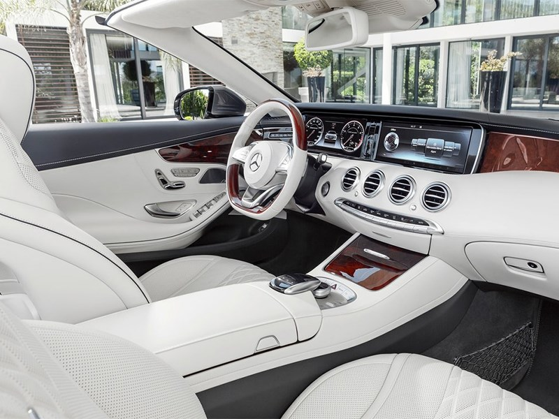 Mercedes-Benz S-Class Cabrtiolet 2016 салон
