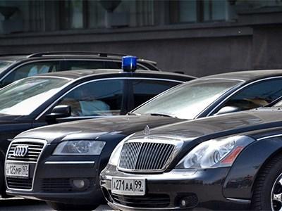 Активисты выяснили, какие госкомпании тратят бюджетные деньги на слишком дорогие авто