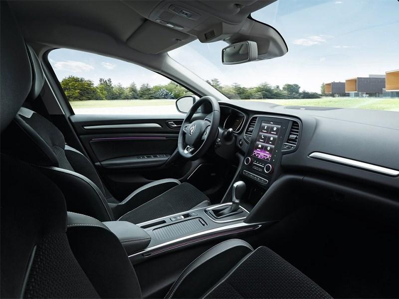 Renault Megane 2016 передние кресла