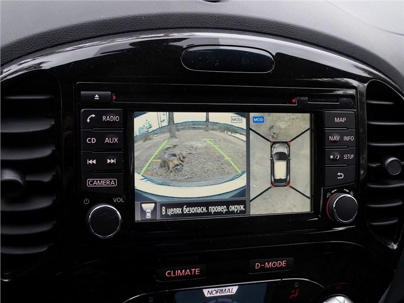 Nissan Juke 2015 монитор