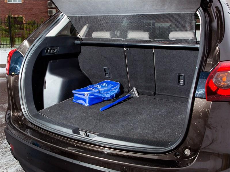 Mazda CX-5 2015 багажное отделение