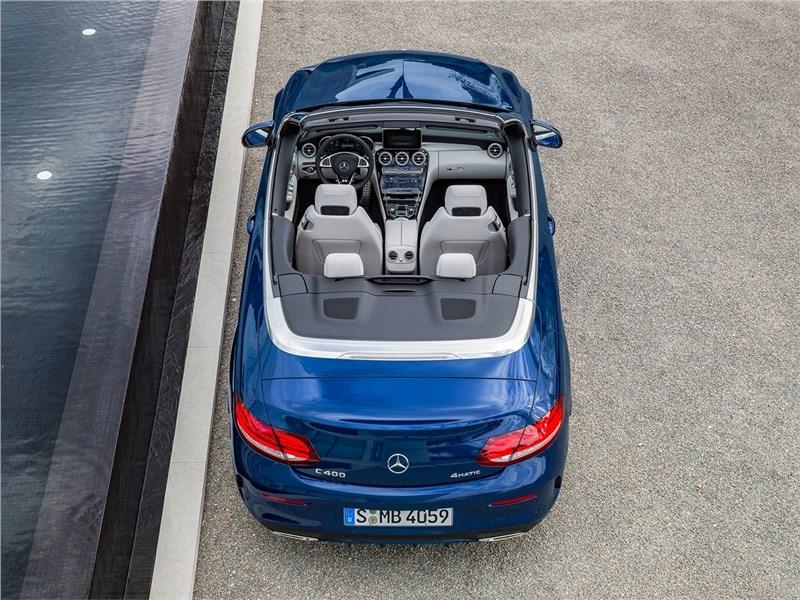 Mercedes-Benz C-Class Cabriolet 2017 вид сзади сверху