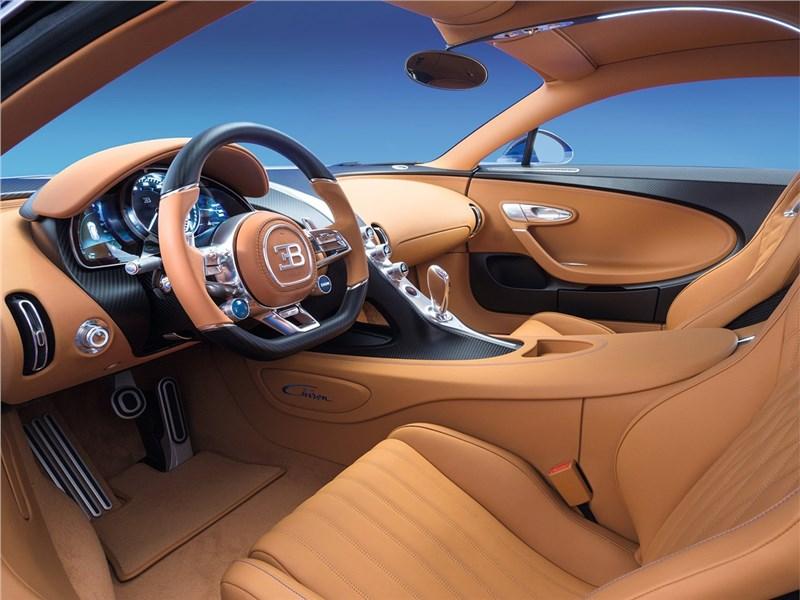 Bugatti Chiron 2017 салон
