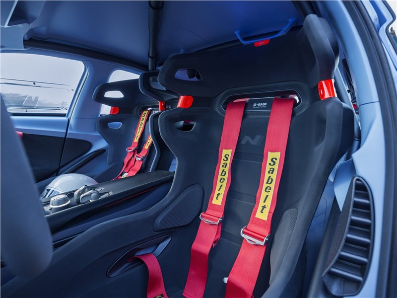 Hyundai RN30 Concept 2016 кресло водителя