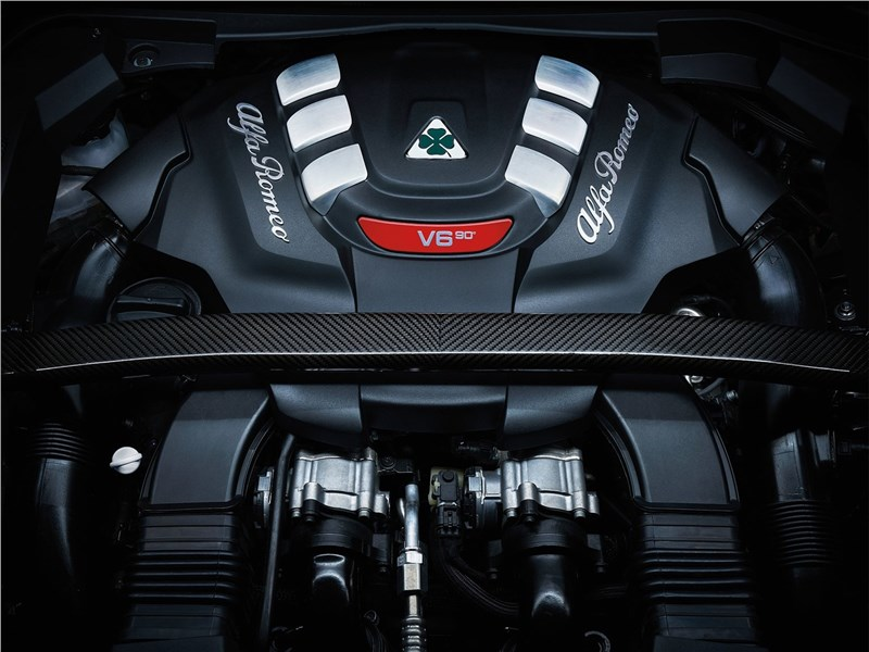 Alfa Romeo Stelvio 2017 двигатель