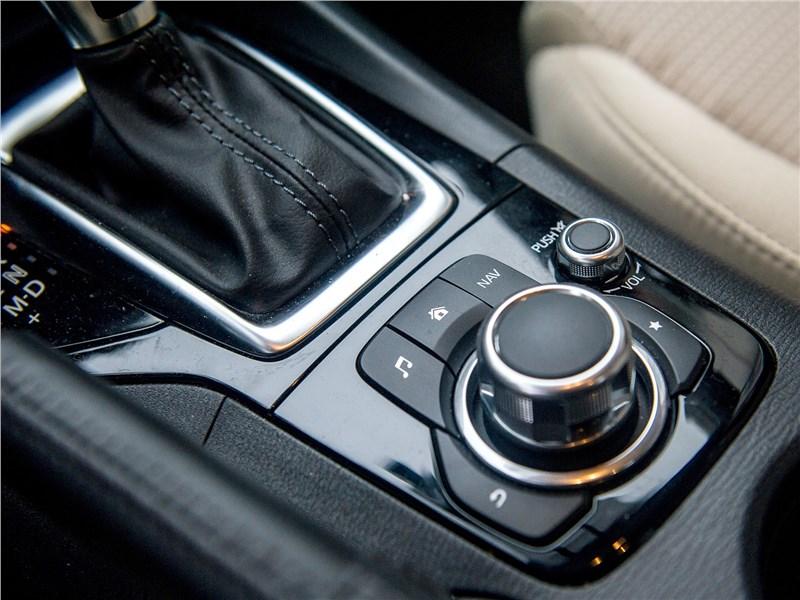 Mazda 3 sedan 2017 управление мультимедиасистемой