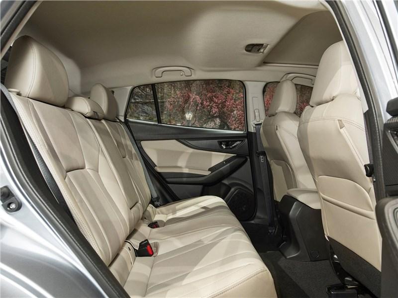 Subaru Impreza 2017 задний диван