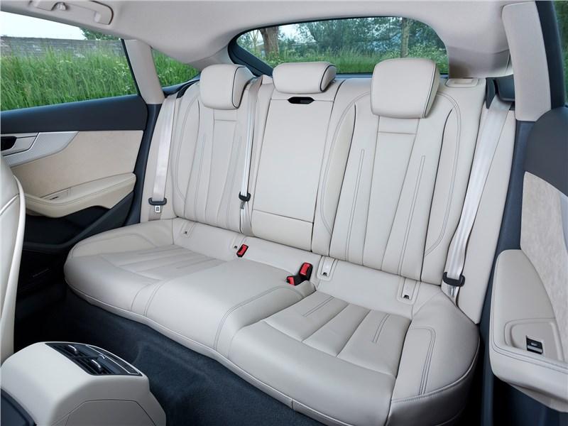 Audi A5 Sportback 2017 задний диван