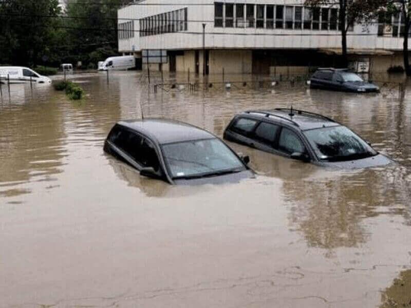 Росстандарт предупредил автомобилистов об «утопленниках»