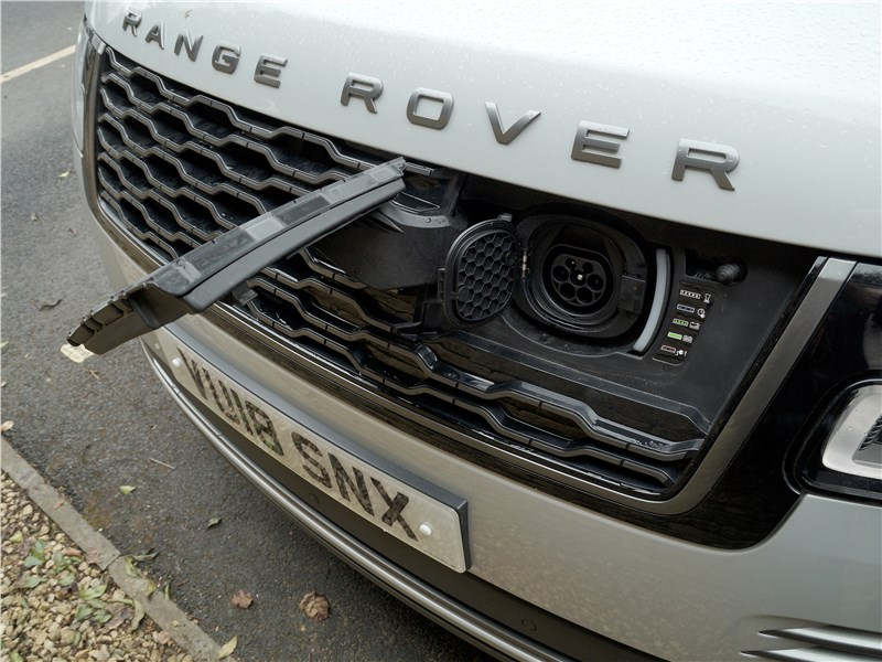 Land Rover Range Rover PHEV 2018 решетка радиатора