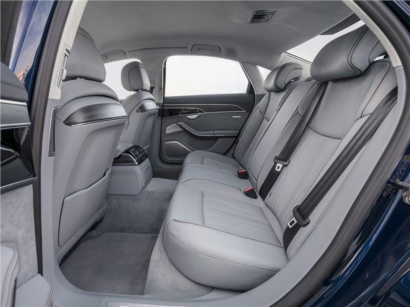 Audi A8 2018 задний диван