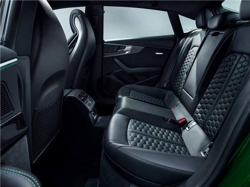 Audi RS5 Sportback 2019 задний диван