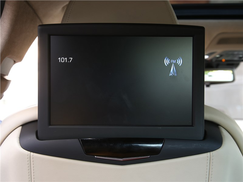 Cadillac CT6 2017 дисплей