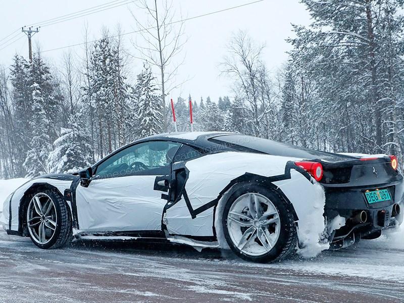 Гибридный спорткар Ferrari покоряет заснеженную Швецию Фото Авто Коломна