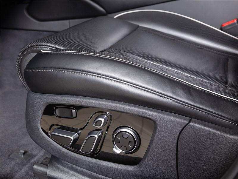Kia K900 2019 переднее кресло