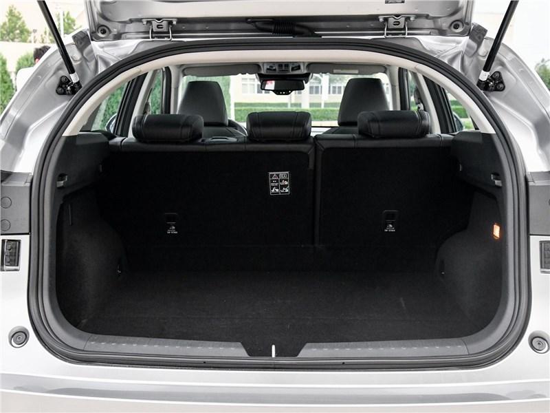 Haval F7 2019 багажное отделение
