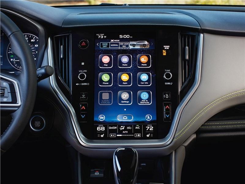 Subaru Outback 2020 центральная консоль