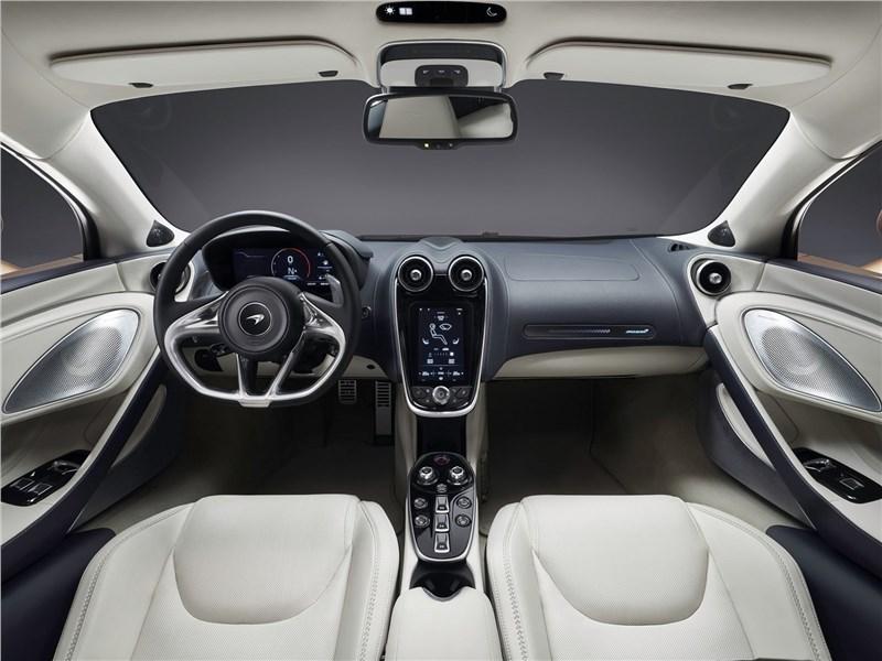 McLaren GT 2020 салон