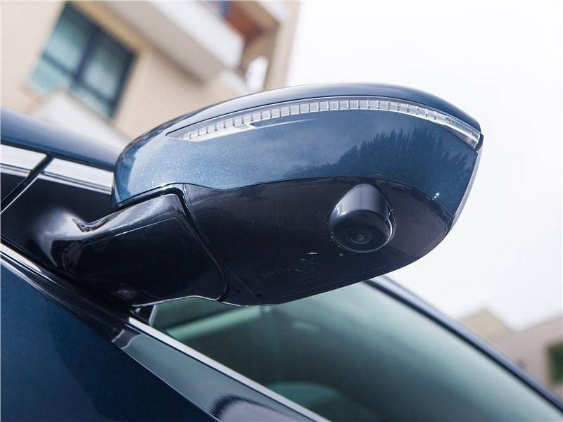 Nissan Murano 2019 боковое зеркало