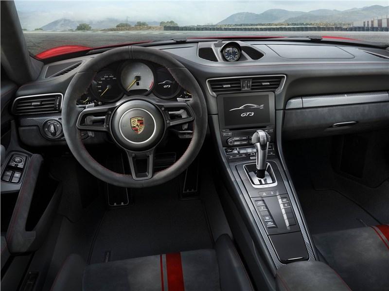 Porsche 911 GT3 2018 салон