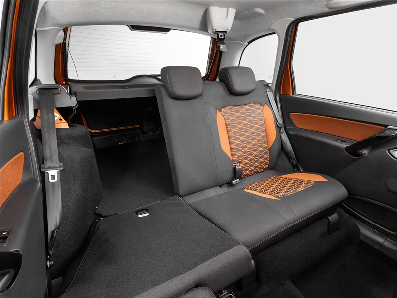 Lada Granta Cross 2019 задний диван