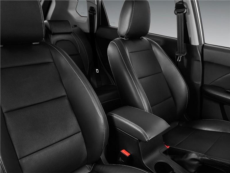 Lifan X70 2017 передние кресла