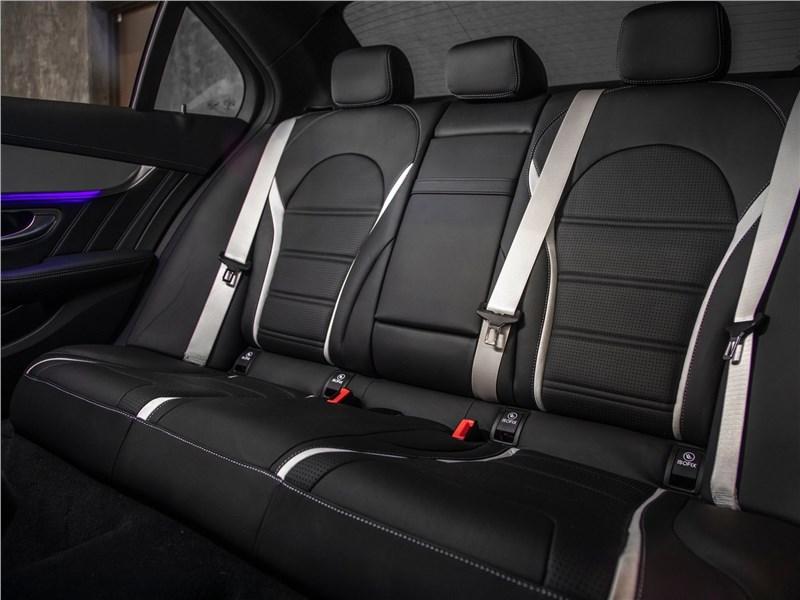Mercedes-Benz C63 S AMG Sedan 2019 задний диван