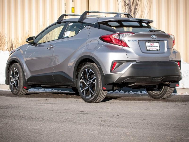 На базе кроссовера Toyota C HR создан раллийный болид Фото Авто Коломна