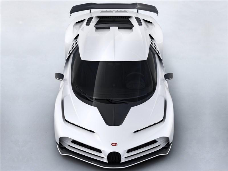 Bugatti Centodieci 2020 вид спереди сверху