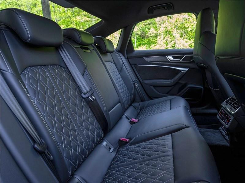 Audi S6 2020 задний диван