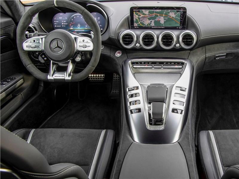 Mercedes-Benz AMG GT 2020 салон