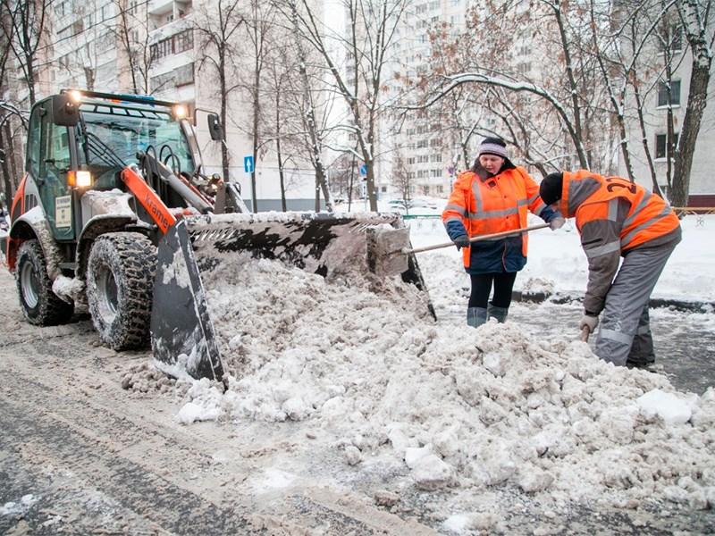 В России придумали новый способ уборки снега с проезжей части