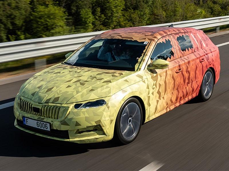 Новую Skoda Octavia рассекретили до премьеры Фото Авто Коломна